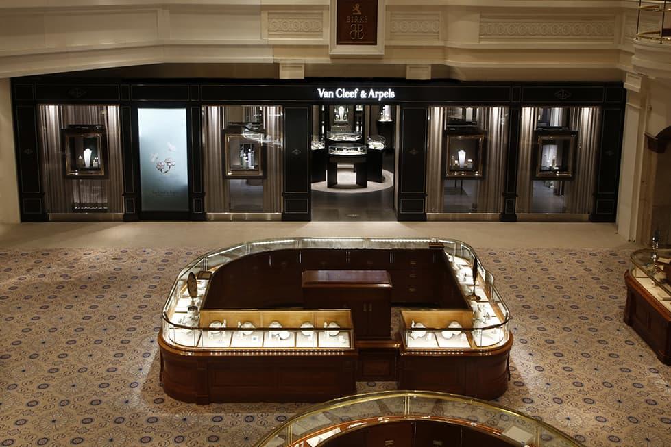 van cleef  u0026 arpels unveils new vancouver boutique space